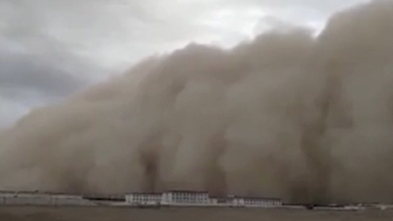Apocalyptic Sandstorm Swallows Entire City In A Matter Of Moments