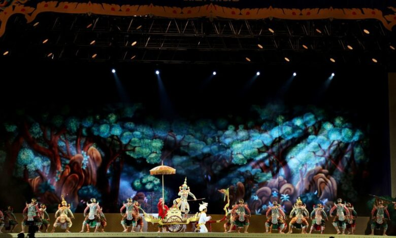 Watch stage shows to celebrate the King's birthday