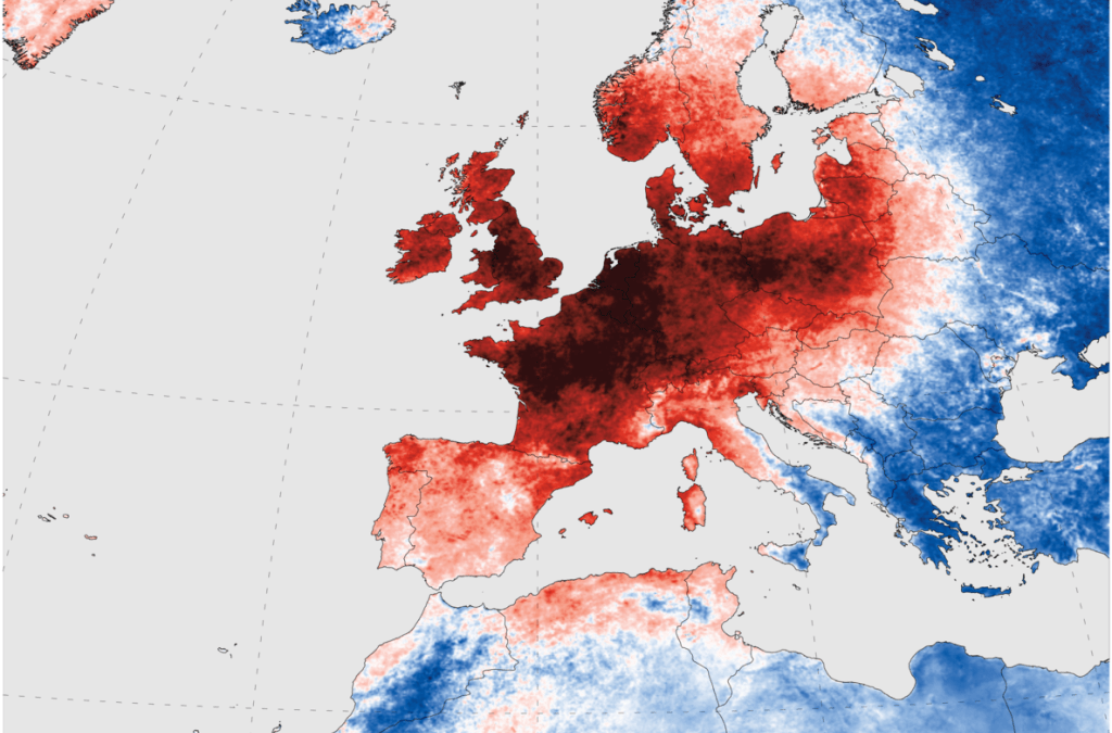 EUROPE COPES WITH RECORD HEAT WAVE, 2 DIE IN SPAIN
