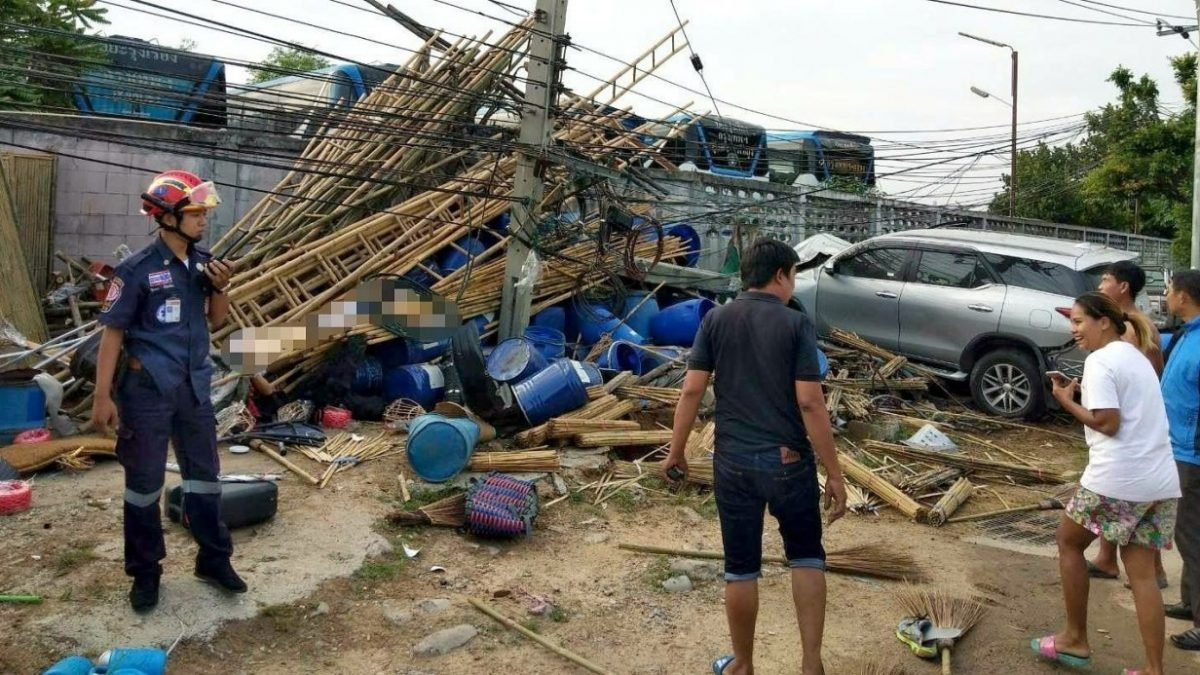 Elderly cyclist dies, driver charged after out-of-control SUV crashes in Phasi Charoen