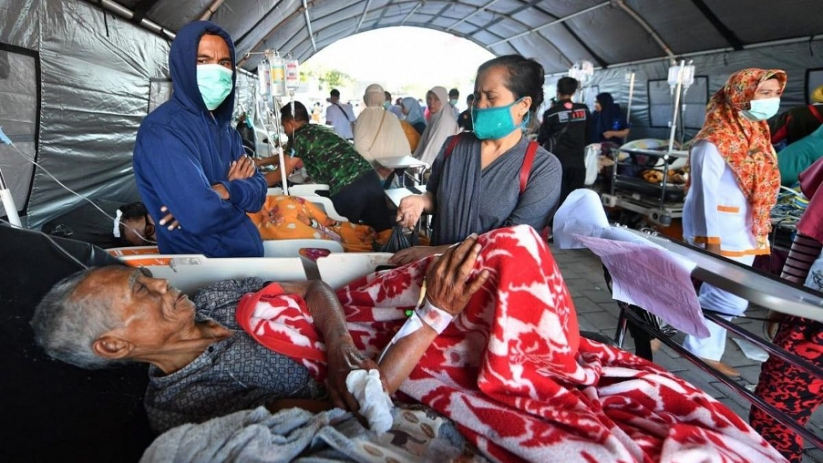 Quake death toll climbs to 91, government declares emergency in Lombok