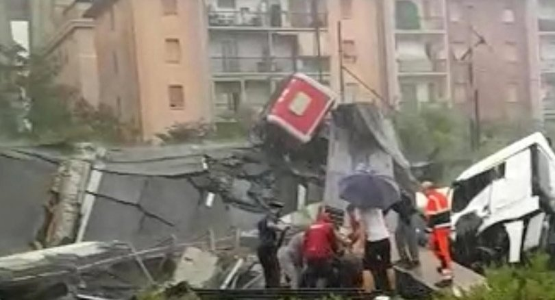 Update : Rescuers say 'tens of victims' in Genoa bridge collapse: media