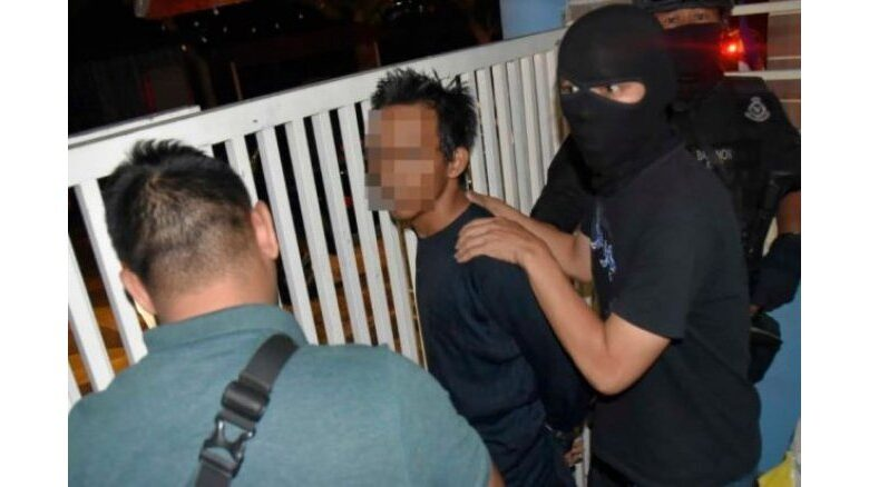 10 arrested over terror links in Malaysia's seven-state swoop