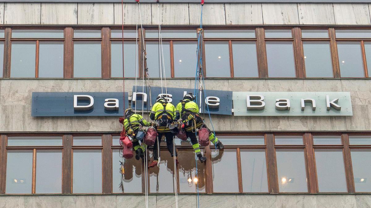 EU calls for probe into Danske Bank money laundering scandal
