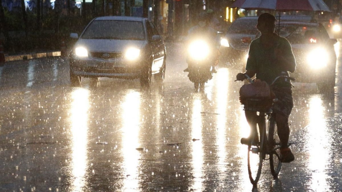 Heavy rains predicted in several parts of country