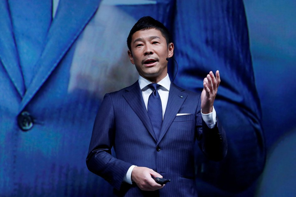 Japanese billionaire businessman is SpaceX's Moon tourist
