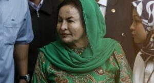 Malaysia ex-PM's wife grilled by corruption investigators. Kuala Lumpur - The luxury-loving wife of Malaysia's former prime minister faced fresh questioning