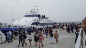 TAT criticises move to suspend Pattaya-Hua Hin ferry service. The Tourism Authority of Thailand (TAT) on Thursday criticised the operator of the Pattaya