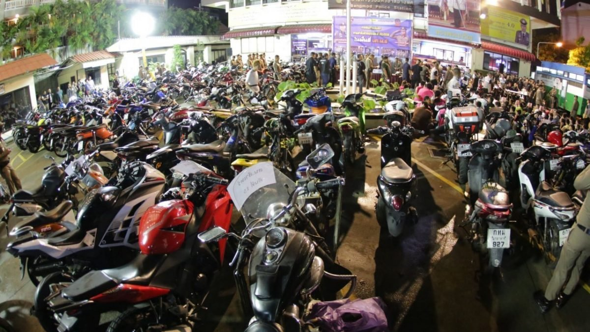 82 motorcyclists arrested in Bangkok in road racing clampdown