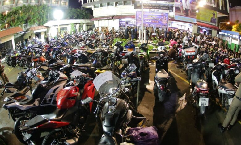 82 Motorcyclists