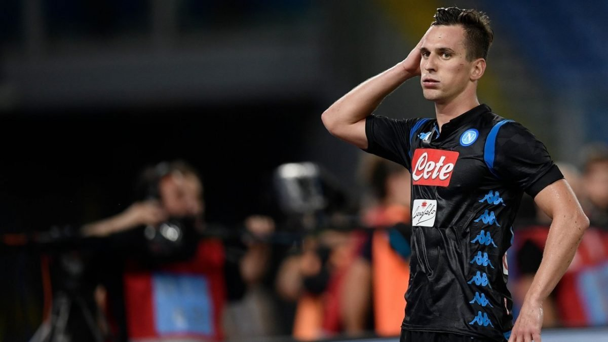 Napoli striker Milik robbed at gunpoint after Liverpool win