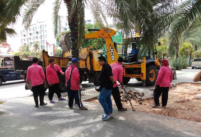 Unable to solve flooding crisis, Pattaya cuts holes in Beach