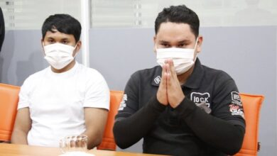2 more Pattaya workers fired for demanding bribes. Two Pattaya City Hall employees have been fired for impersonating an officer after two Chinese tourists