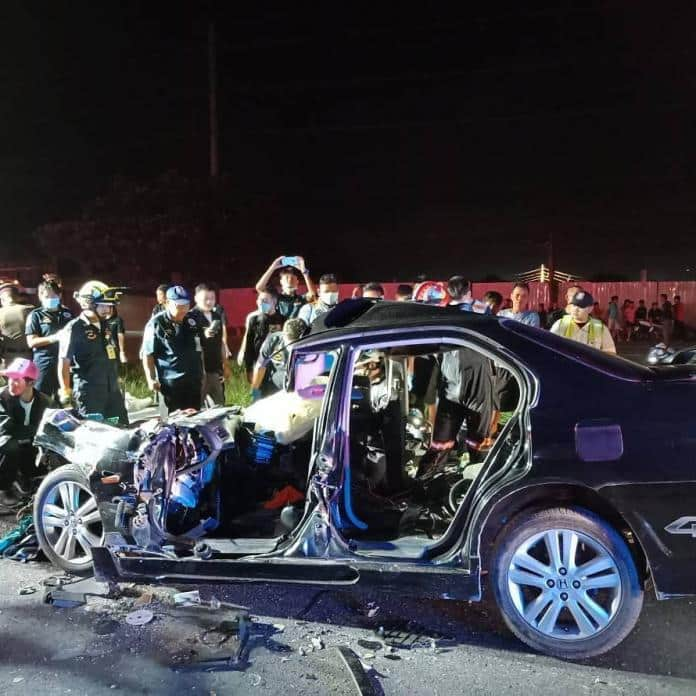 Car Crashes into back of ten wheel truck, four Thai Nationals killed