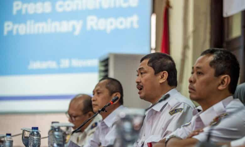 Lion Air jet should have been grounded before fatal flight, Indonesia says. A Lion Air jet that crashed last month should have been grounded over a