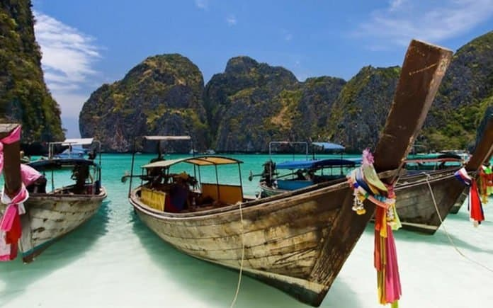 THAILAND IS LOOKING FOR A LUCKY TRAVELER TO EXPERIENCE THE THAI LIFE WHILE GETTING PAID