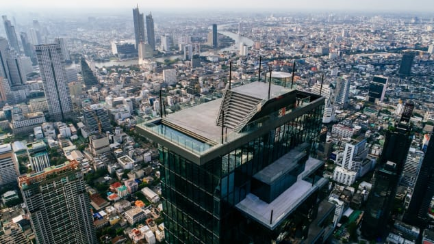 Video: Terrifying glass floor opens atop Thailand's tallest completed building