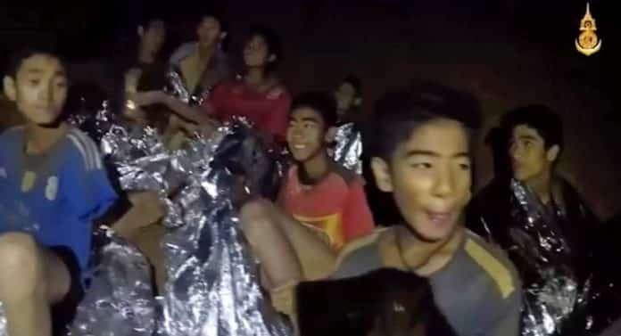 Thai boys reunited with divers at Pride of Britain Awards. Thai boys reunited with divers at Pride of Britain Awards. The Thai football team that were stuck