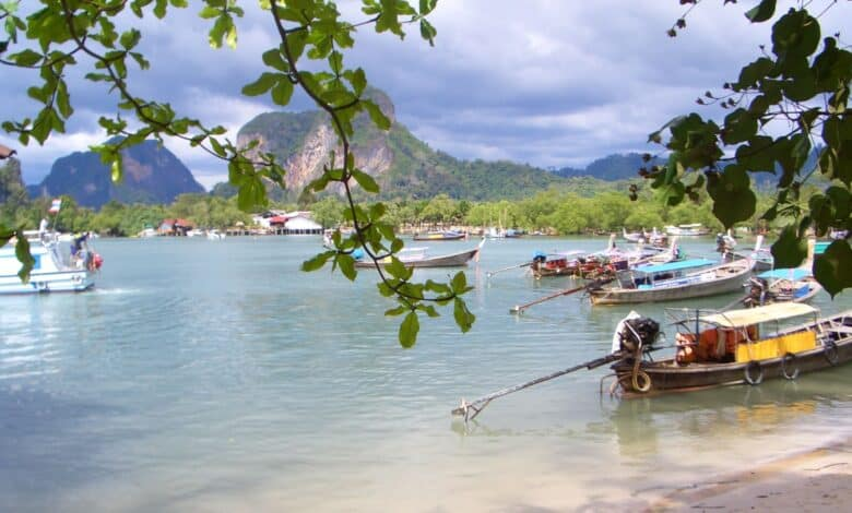Thailand's tourism myths: 7 things you can't believe. The Land of Smiles is also a land of a thousand misconceptions. Not everyone in Thailand is outto