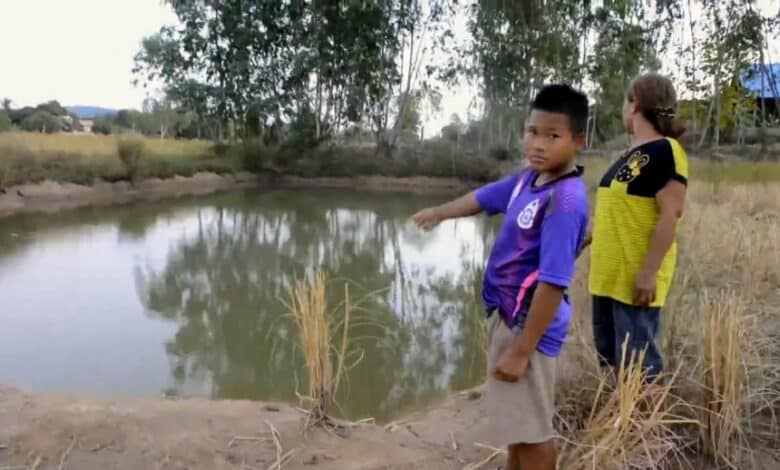 Two children drown after being left alone. Two young boys drowned in a pond behind their kindergarten on Thursday evening