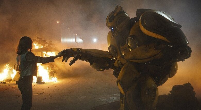 """'TRANSFORMERS' GETS A GREAT SAVIOR IN 'BUMBLEBEE' The """"Transformers"""" movie universe has lately been leaky and rusted out. It's become"""