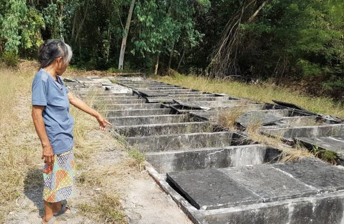 15 STILLBORNS FEARED STOLEN FROM RAYONG GRAVE FOR BLACK MAGIC. Rayong police Saturday said they were investigating what happened