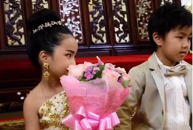 6-year olds twins are MARRIED in Bangkok. Six-year-old brother and sister twins are MARRIED in Buddhist ceremony in Thailand because their parents