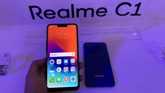 """7-Eleven launch budget smartphone. TrueMove H has announced that the new """"Realme C1"""" smartphone is now on sale at 7-Eleven for about Bt3,990."""