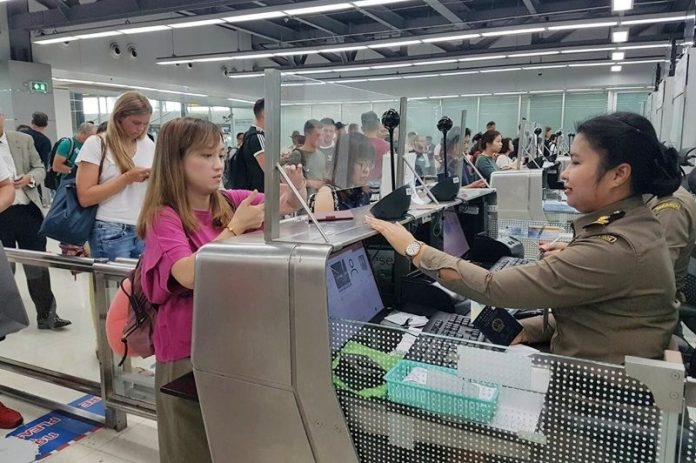 CHINA FIRST TO BENEFIT FROM THAI E-VISAS NEXT YEAR