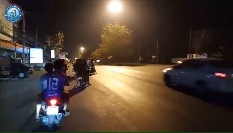 Over 100 road-racing motorcyclists descend on Pattaya roads. More than 100 motorcyclists took part in road racing on two roads in Pattaya early on Saturday,