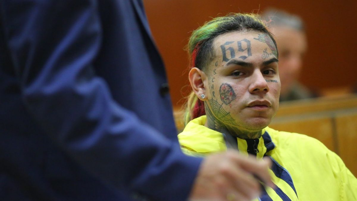 "Tekashi 6ix9ine Denied Bail Says Inmates Told Him They Had A ""Stiffy Uh"" Fears He Won't Be Sleeping Alone"