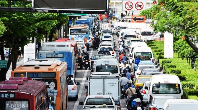 Top 5 roads with the worst traffic in 2018. This information was published by JS100 on their website. JS100 keeps track of daily traffic including accidents