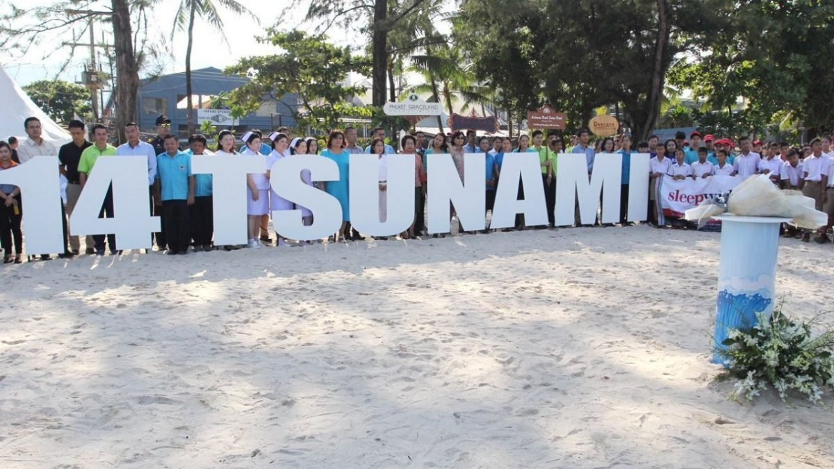 Tsunami remembrance ceremony held on Patong Beach
