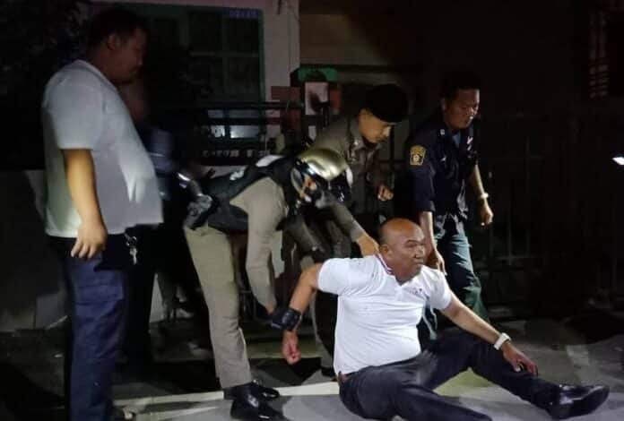 Angry ex boyfriend tries to break down girlfriends door in the middle of the night and force entry. At 2 AM yesterday morning Pattaya police were called to