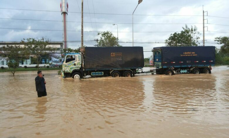 Chumphon grapples floods in Pabuk aftermath. Several highways in Chumphon province remained submerged on Sunday in the aftermath of tropical storm Pabuk,