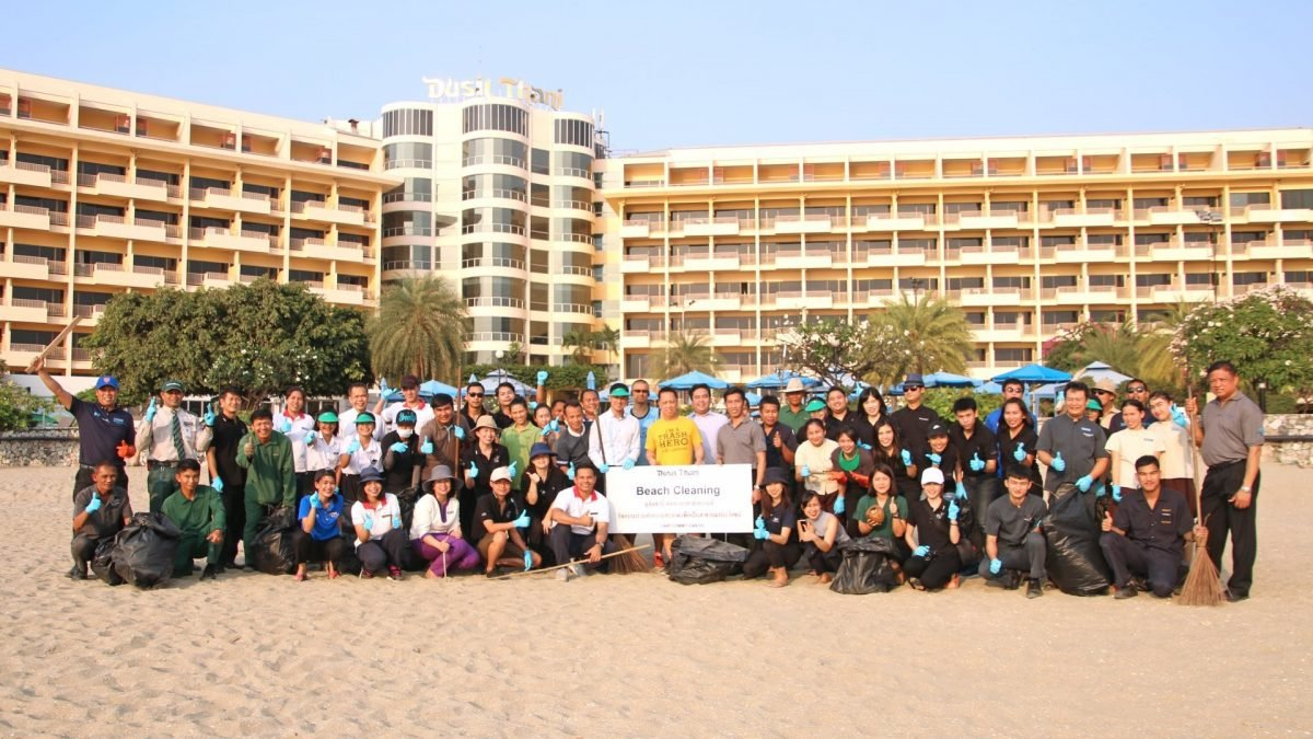 Dusit Thani Pattaya Holds Beach Cleaning Activity