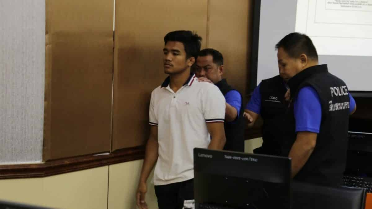 Famous Thai kick boxer arrested for alleged fight fixing