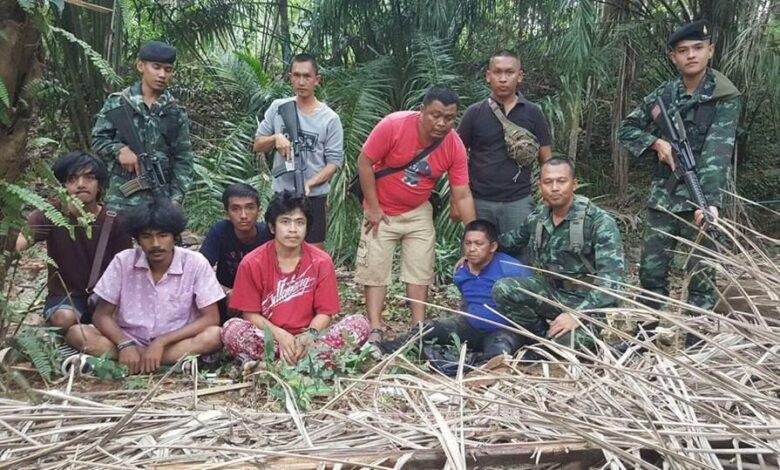 Multiple murder suspect arrested in Ranong. Thirty-seven-year-old Teerapol Pin-amorn, who allegedly shot dead his pregnant wife, her parents and two