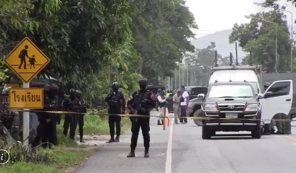 Ranger injured in Pattani bomb attack outside school