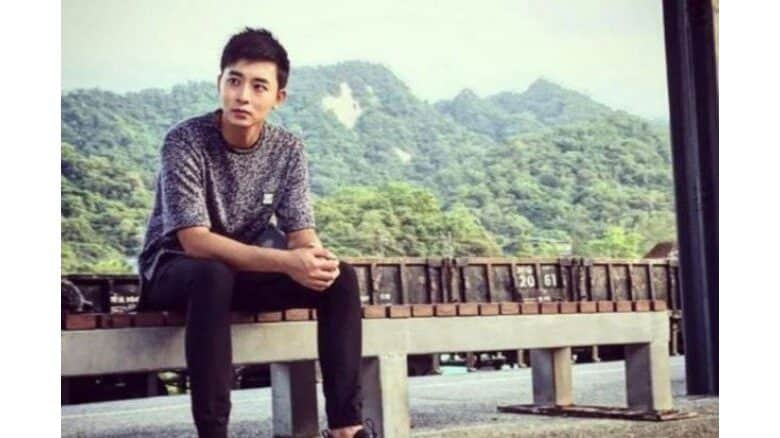 Singaporean actor was crushed when caught between howitzer's gun barrel and cabin. While on an overseas live firing exercise last week, Corporal First Class