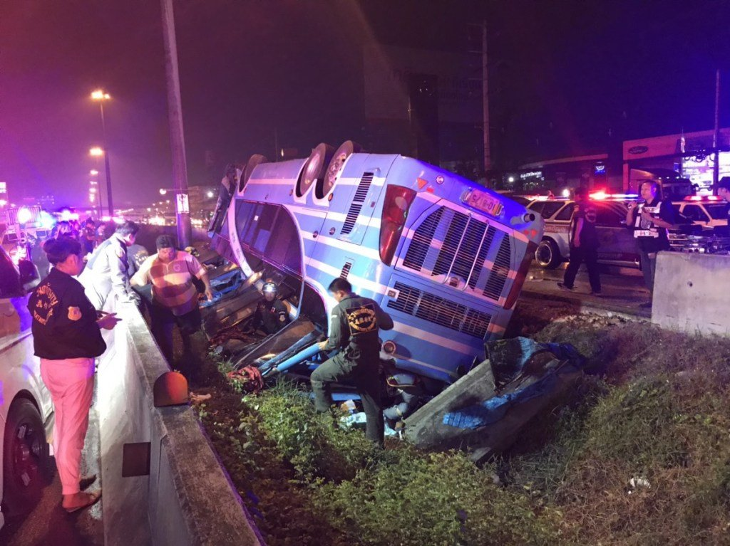Six Killed In Bus Crash In Pathum Thani. Rescue crews rushed to the scene where five passengers, including two children, were found dead inside the mangled
