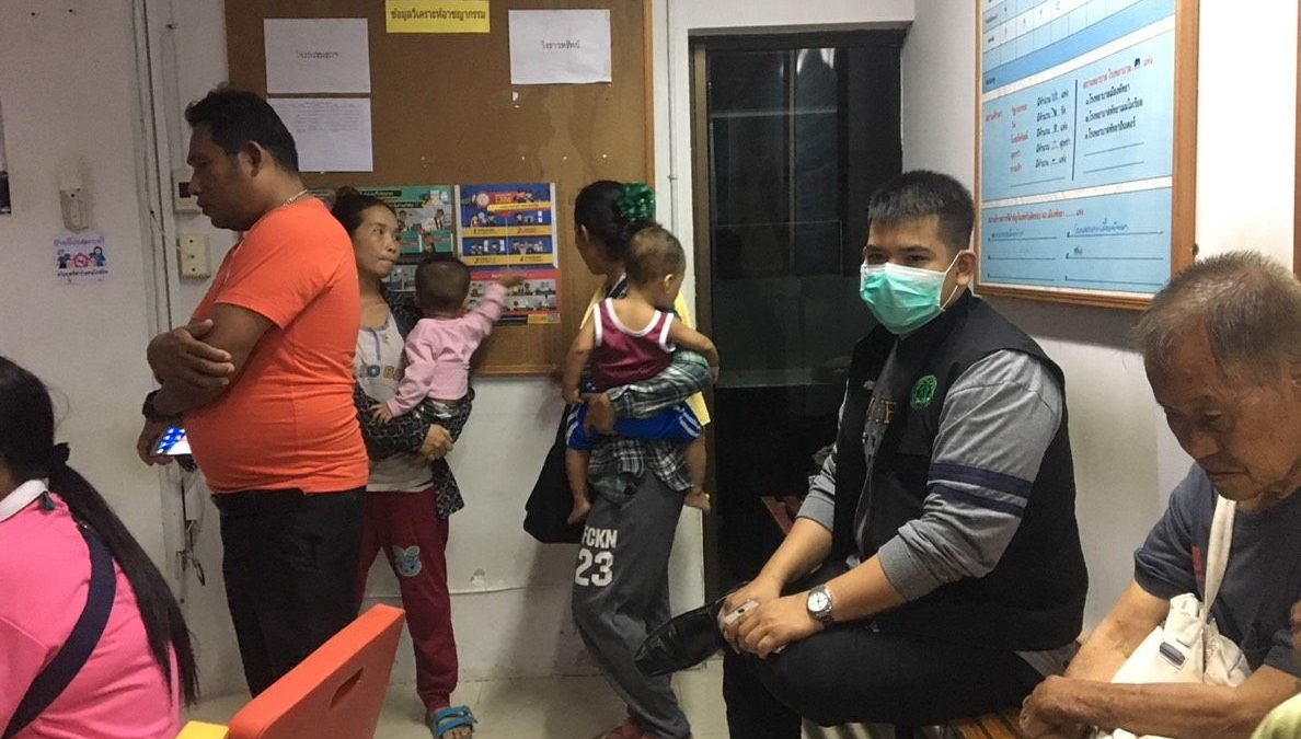 Six migrants held for using eight young children to beg in Pattaya