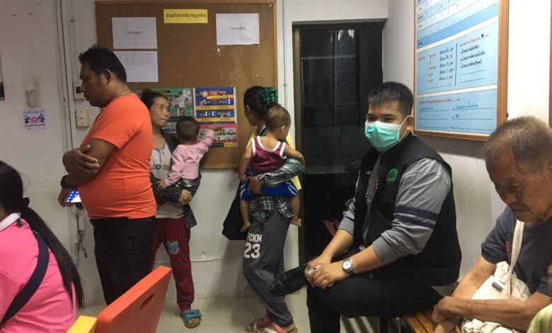 Six migrants held for using eight young children to beg in Pattaya. In a crackdown on Tuesday night, Pattaya police arrested six migrants and rescued