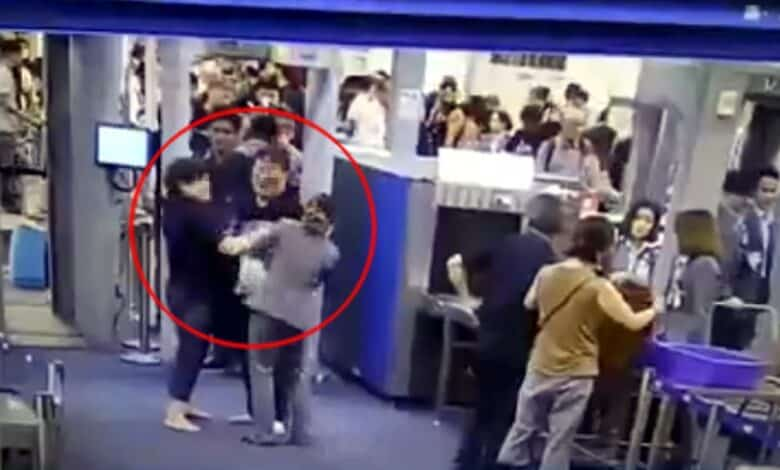 Slapped Suvarnabhumi security worker praised for protecting airport's image by showing restraint. A female airport security staff member, who was slapped