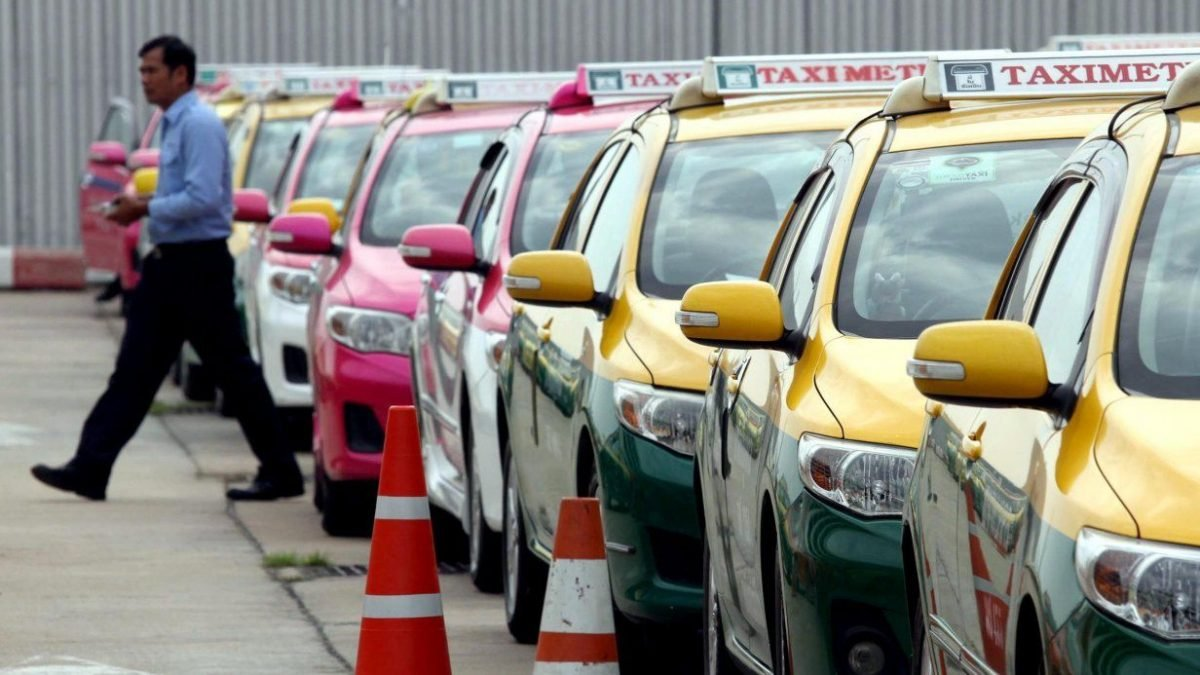 Taxis biggest problem for tourist police