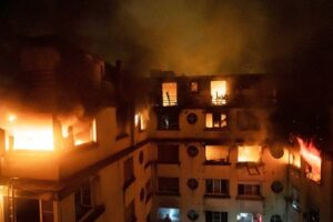 Apartment inferno kills 10; deadliest Paris fire since 2005. Paris' deadliest fire in over a decade killed at least 10 people Tuesday as flames engulfed