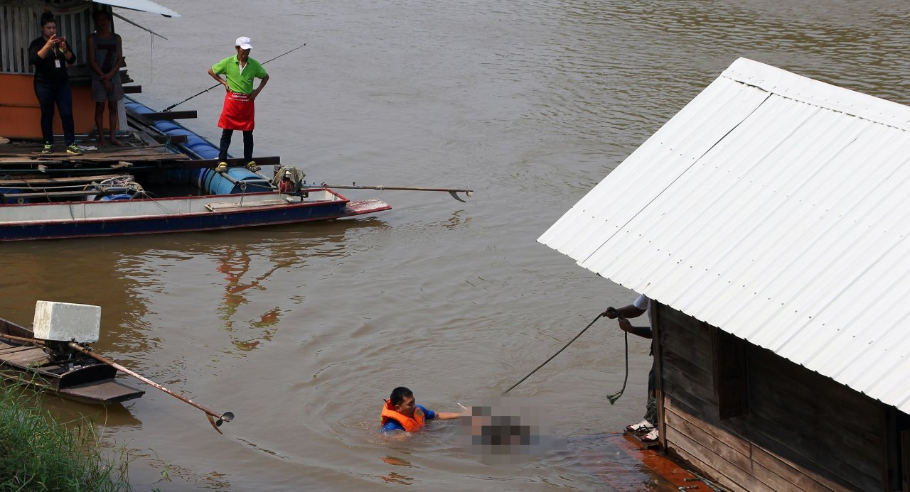 Body of Army conscript found in Nan River in Phitsanulok. The body of an Army conscript was found floating in the Nan River in downtown Phitsanulok