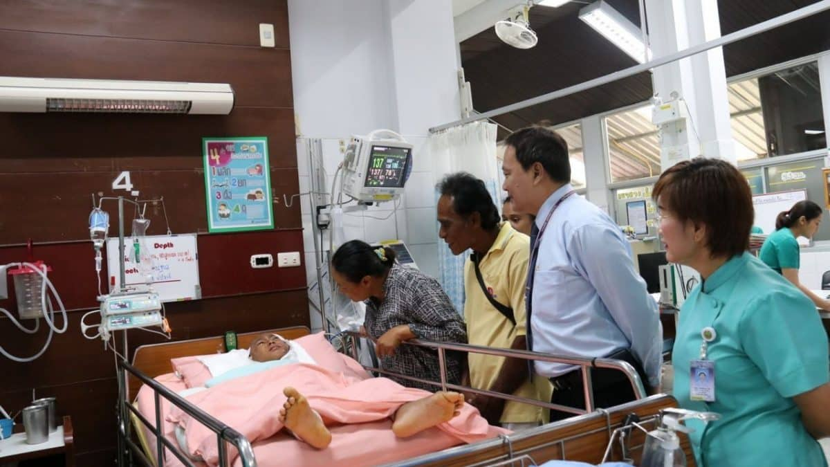 His Majesty pays boy's medical costs after Phang Nga dog attack