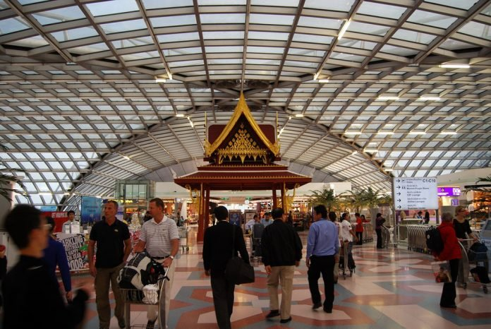 RUSSIAN MAN DIES AFTER FALLING AT SUVARNABHUMI. A Russian tourist died Monday morning after falling from the fourth floor of the Suvarnabhumi