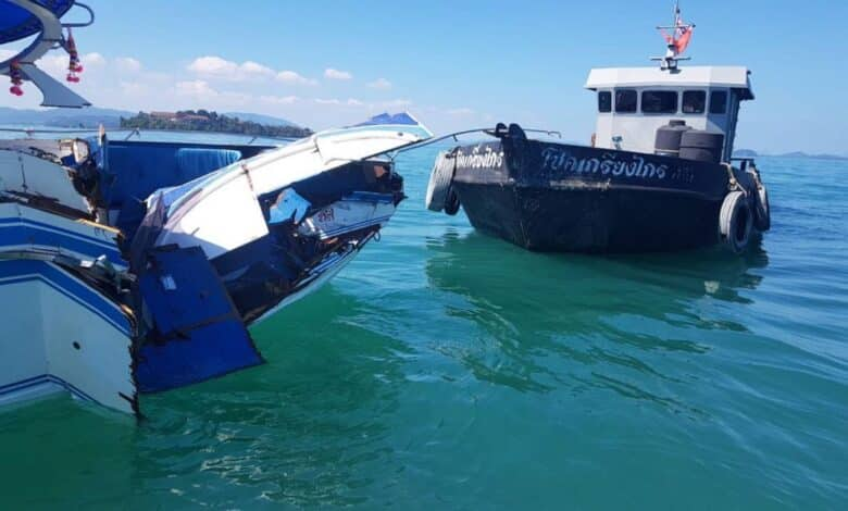 Speedboat collides with oil tanker off Phuket. Several Chinese tourists were injured, one seriously, when the speedboat taking them back to